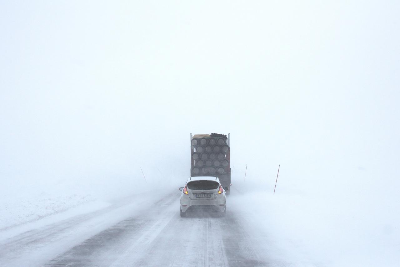 Транспортный коллапс: дороги в Челябинской области перекрыли в 11 районах
