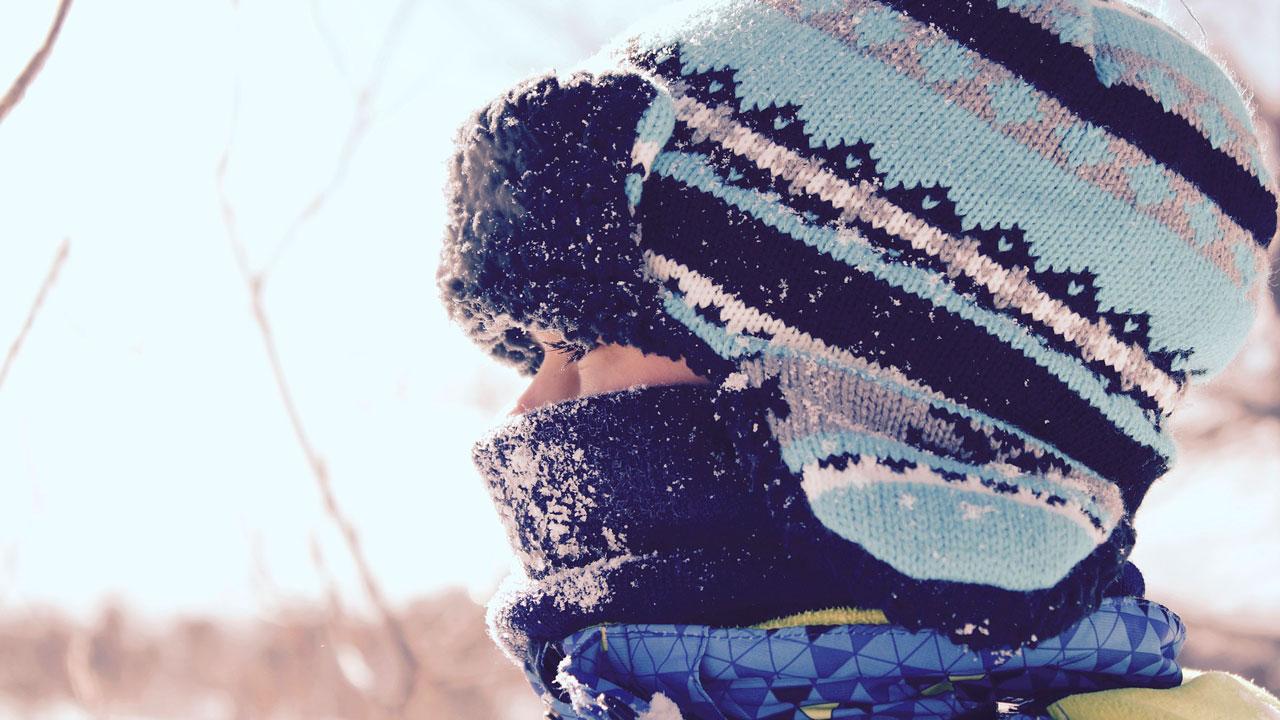 Школьники в Челябинской области из-за мороза остались дома