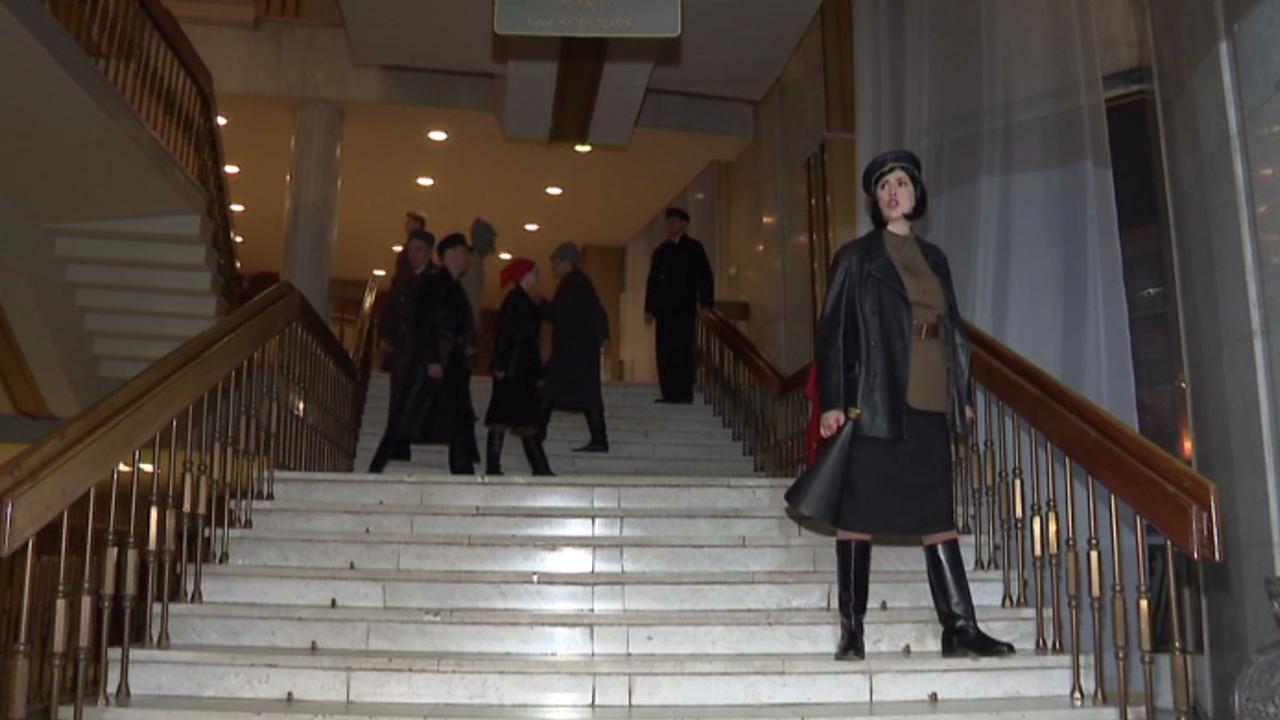 Ленин-шахматист, погоня и стрельба: спектакль-экскурсию устроили в Челябинске