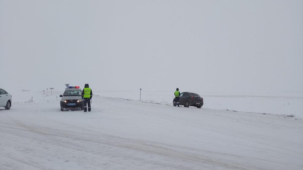 На трассе М5 в Челябинской области ограничили движение из-за непогоды ВИДЕО