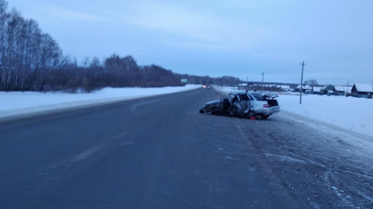 В Челябинской области легковушку раздавило грузовиком