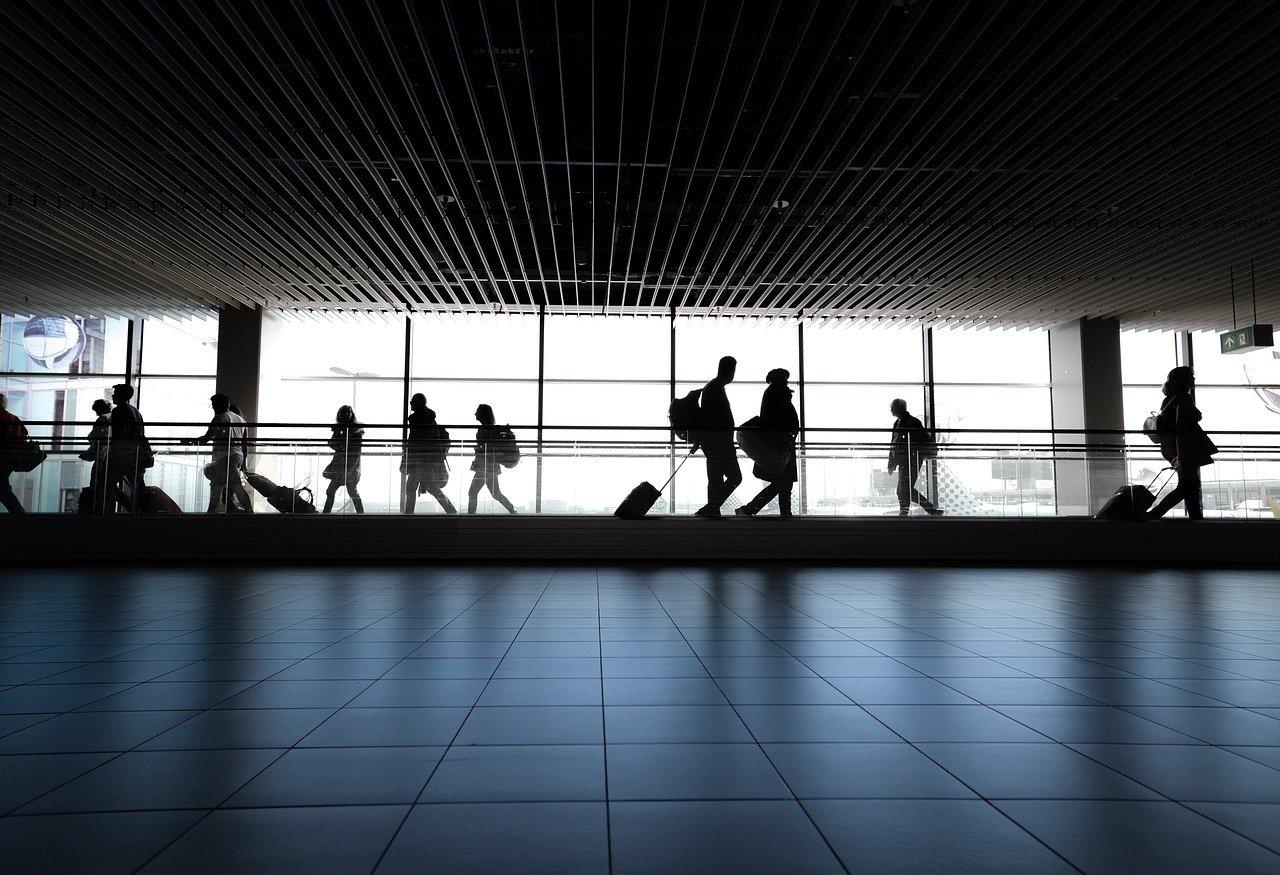 Самолет Челябинск – Москва задержали из-за технических проблем