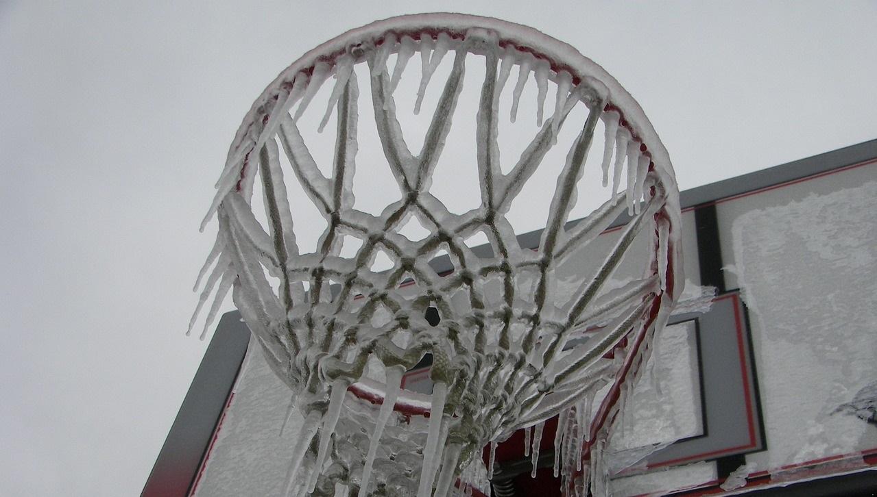 Погода в Челябинске: синоптики предупредили о морозах и снегопаде