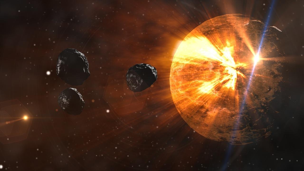 Парад планет 2021. Меркурий, Венера и Юпитер составят космическое трио