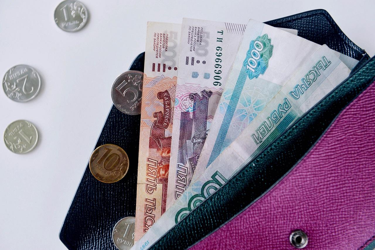 У кого зарплата выше. Сколько зарабатывают в Челябинской области