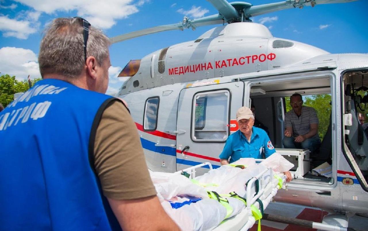 В Челябинской области спасли младенца с помощью вертолета