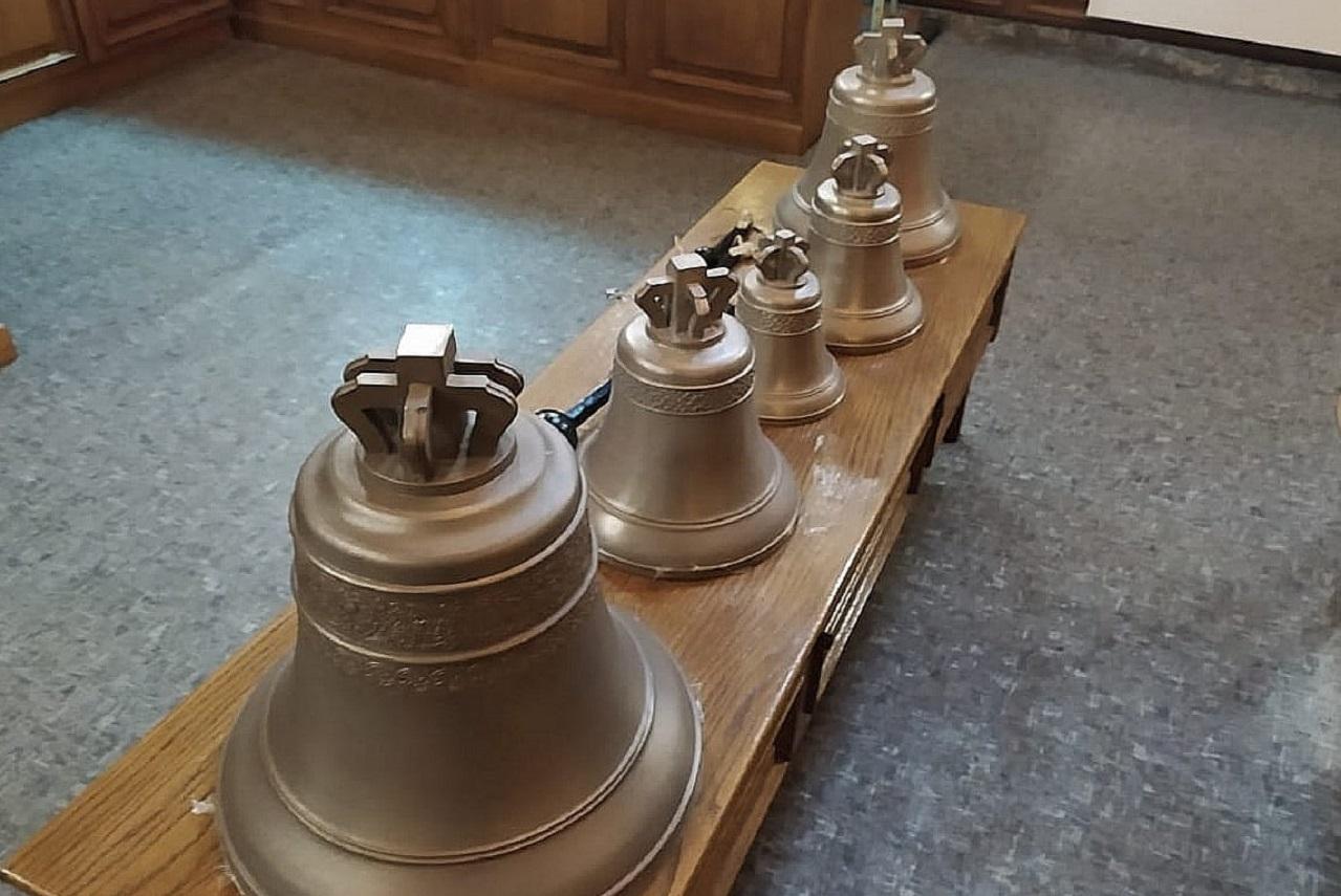 Голос церкви: у челябинского храма появилась новая звонница