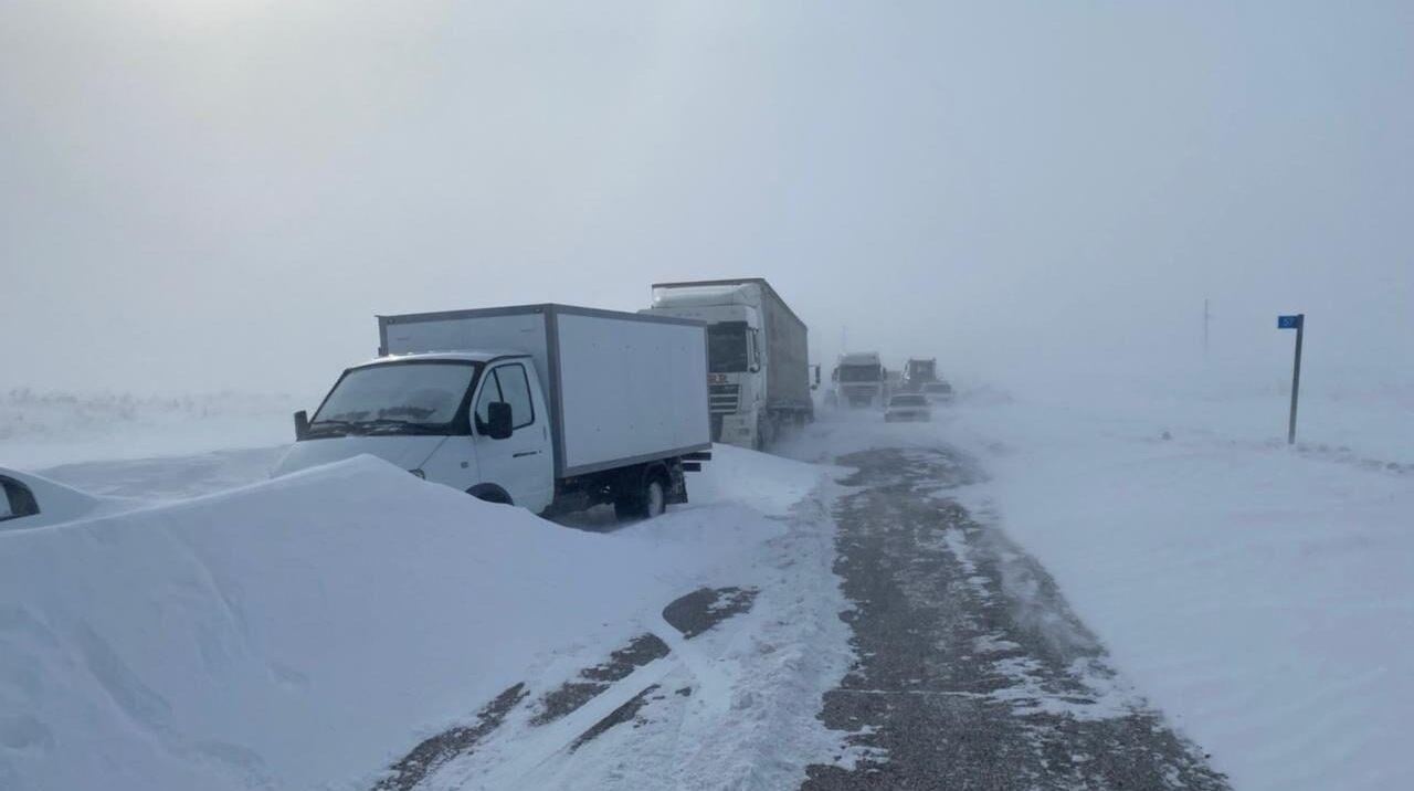 Ни проехать, ни пройти: когда в Челябинской области снимут ограничение движения на трассах