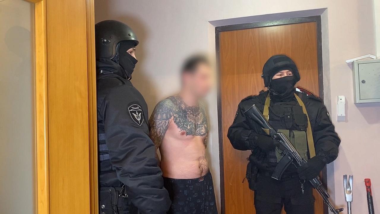Банду вымогателей-рецидивистов разоблачили в Челябинской области ВИДЕО