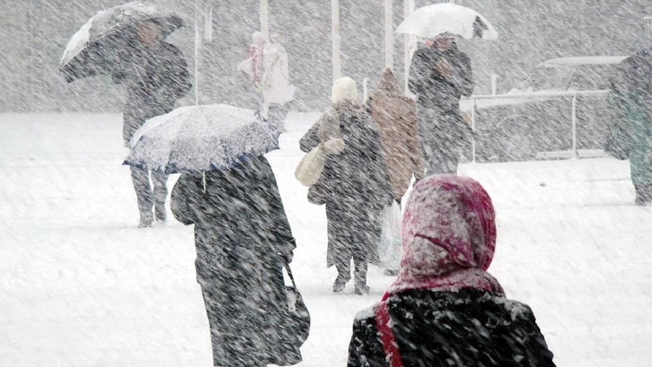 Погода в Челябинске: синоптики рассказали, когда закончится метель