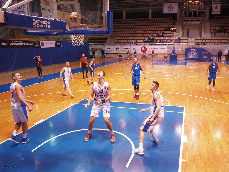Власти Магнитогорска рассказали, когда закончится масштабный ремонт спортшколы