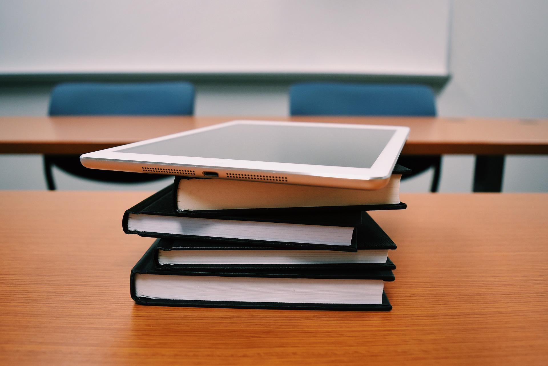 В Челябинске объявили, как будут учиться школьники 25 февраля