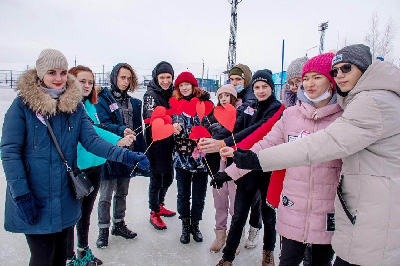 Валентинка размером с город: необычный флешмоб устроили на Южном Урале ВИДЕО