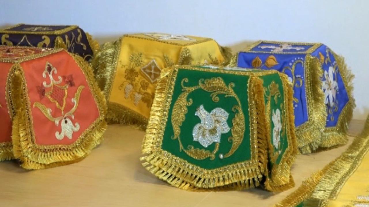 Золотошвейки на Урале показали, как воссоздают лики святых