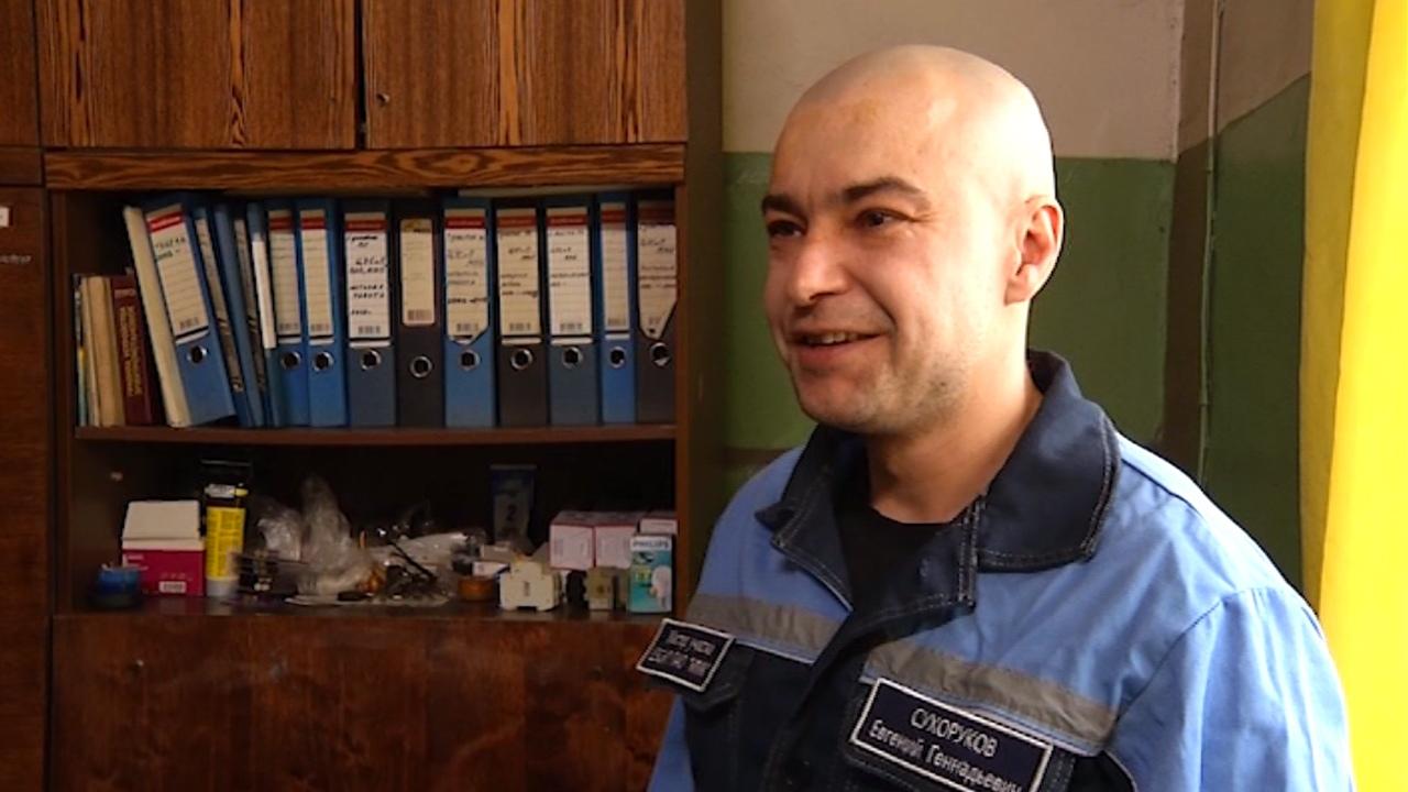 КВНщик и певец: металлург из Челябинской области удивляет талантами