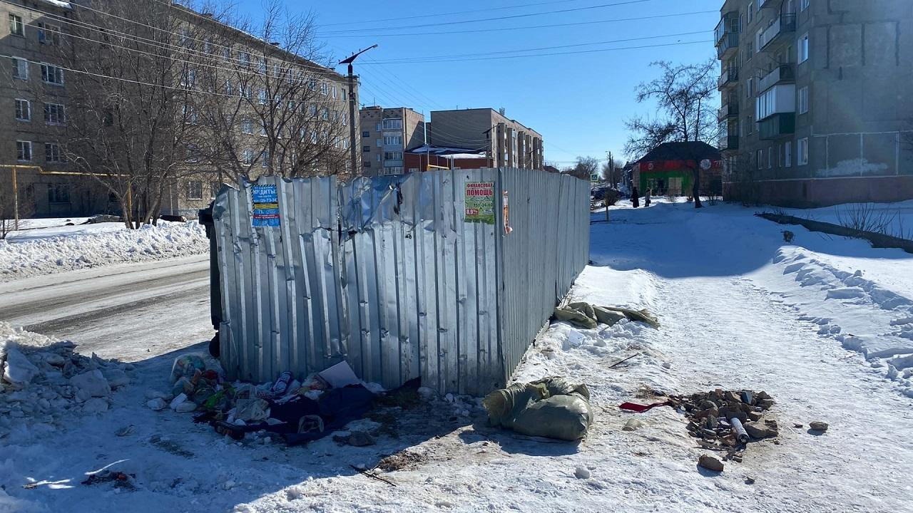 В Челябинской области труп завернули в ковер и выбросили на помойку