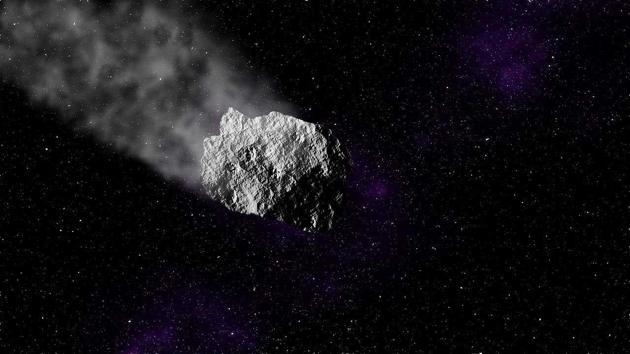 Размером с небоскреб: к Земле несется самый большой астероид в 2021 году