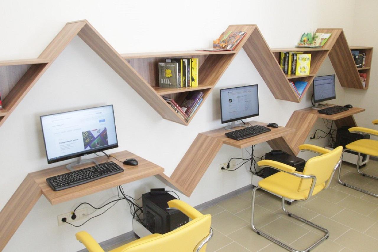 Первая за 40 лет библиотека открылась в Челябинске