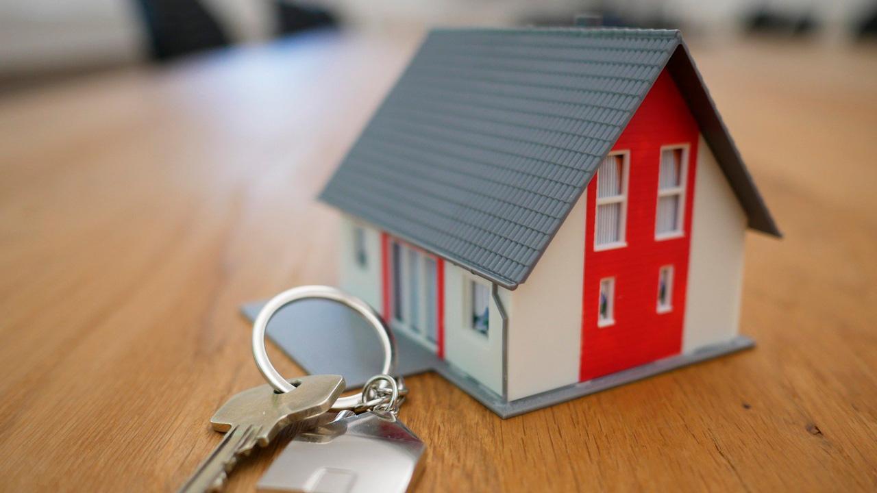 Переедут в новый дом: многодетная семья на Южном Урале получила жилищную субсидию