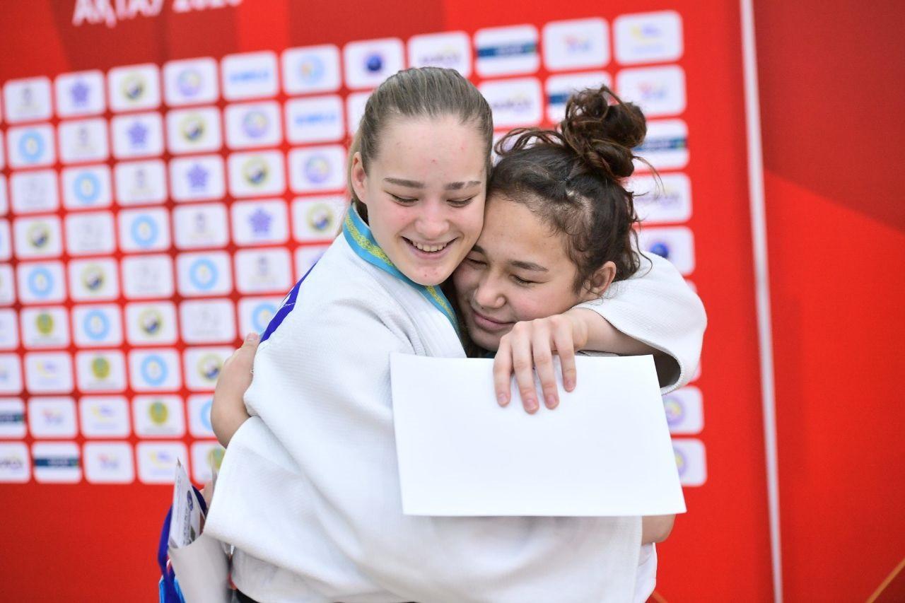 Серебро и бронзу Кубка Азии по дзюдо везут домой южноуральские спортсменки