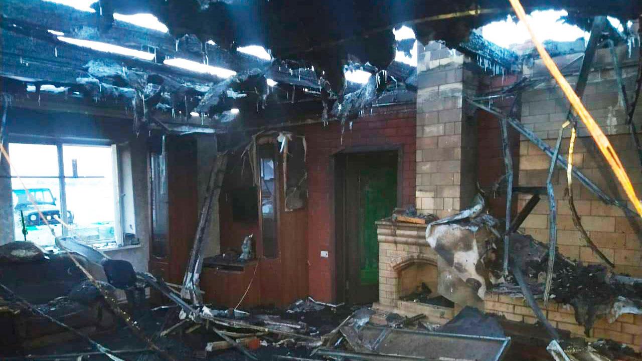 Двое пострадали: в Челябинской области загорелся дом с газовым баллоном