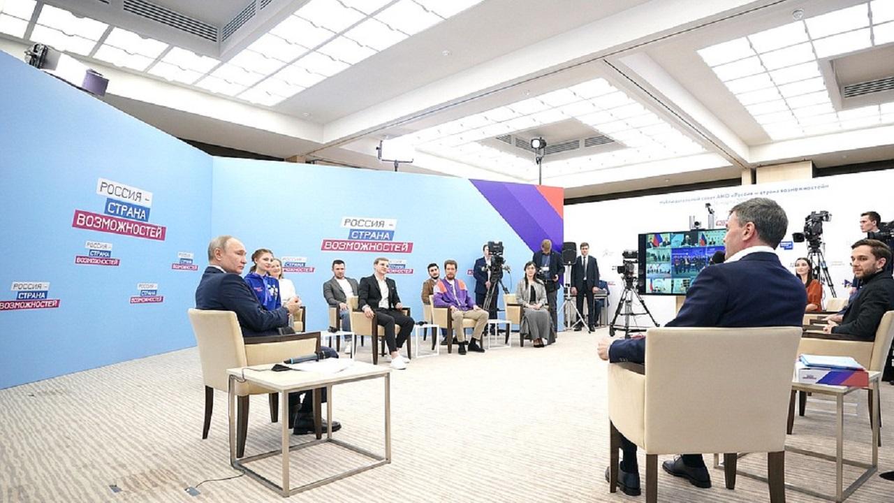 Разговор с Путиным: главврач из Челябинска попросил в наставники Голикову