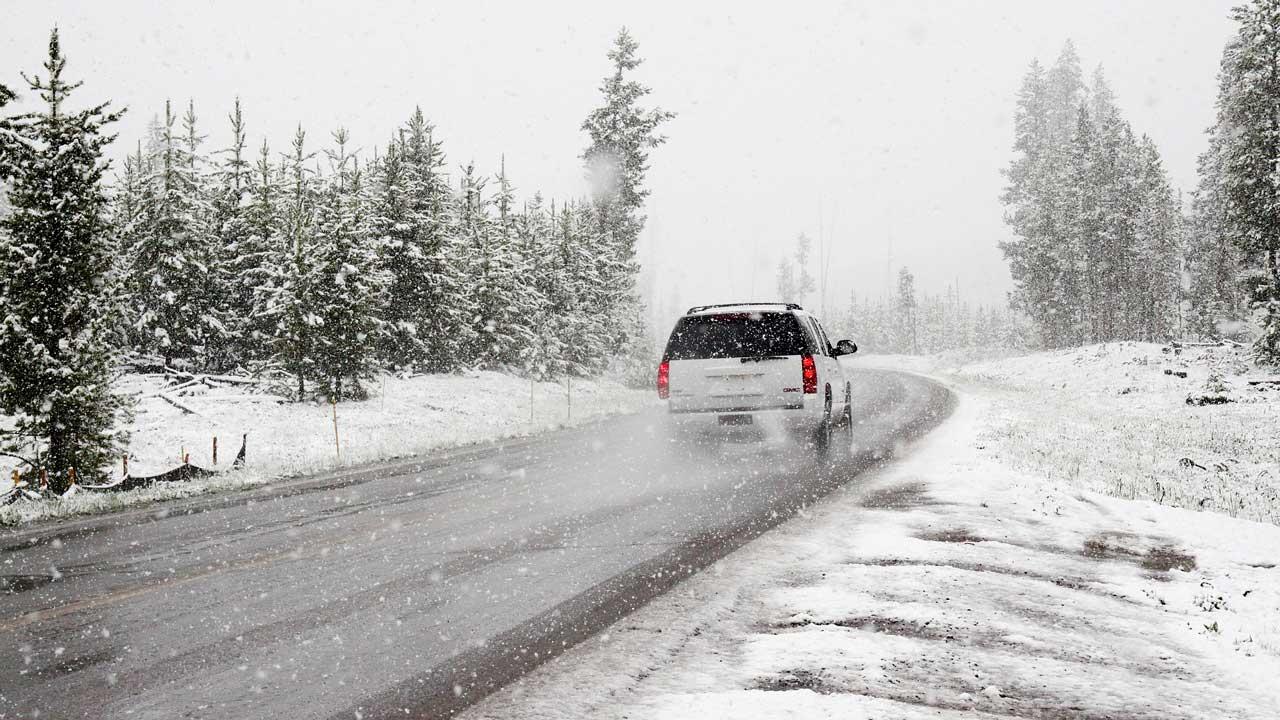 Идет снежная буря: срочное предупреждение в Челябинской области
