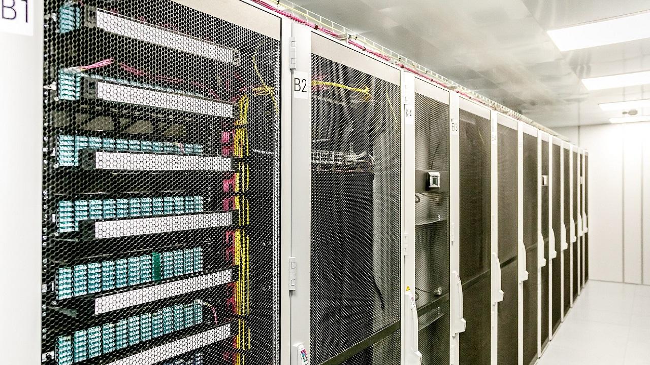 Новые возможности: ММК запустил модульный центр обработки данных
