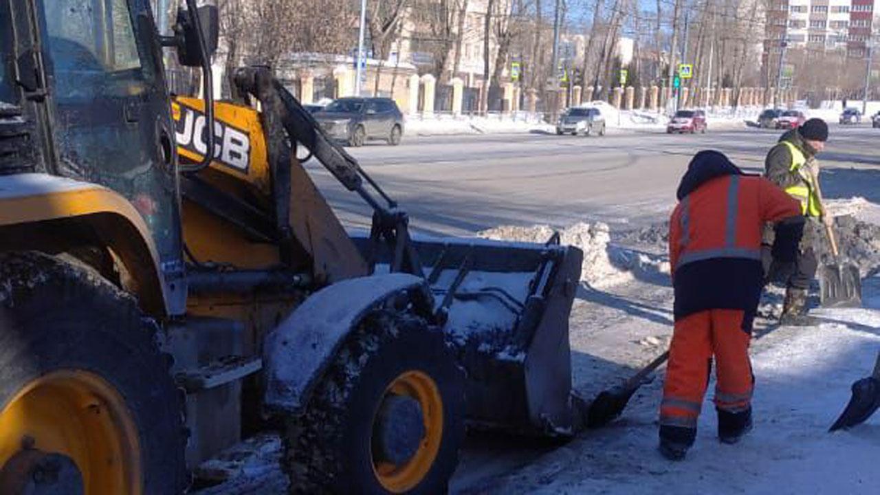 Через несколько часов: в Челябинске ждут мощный снегопад