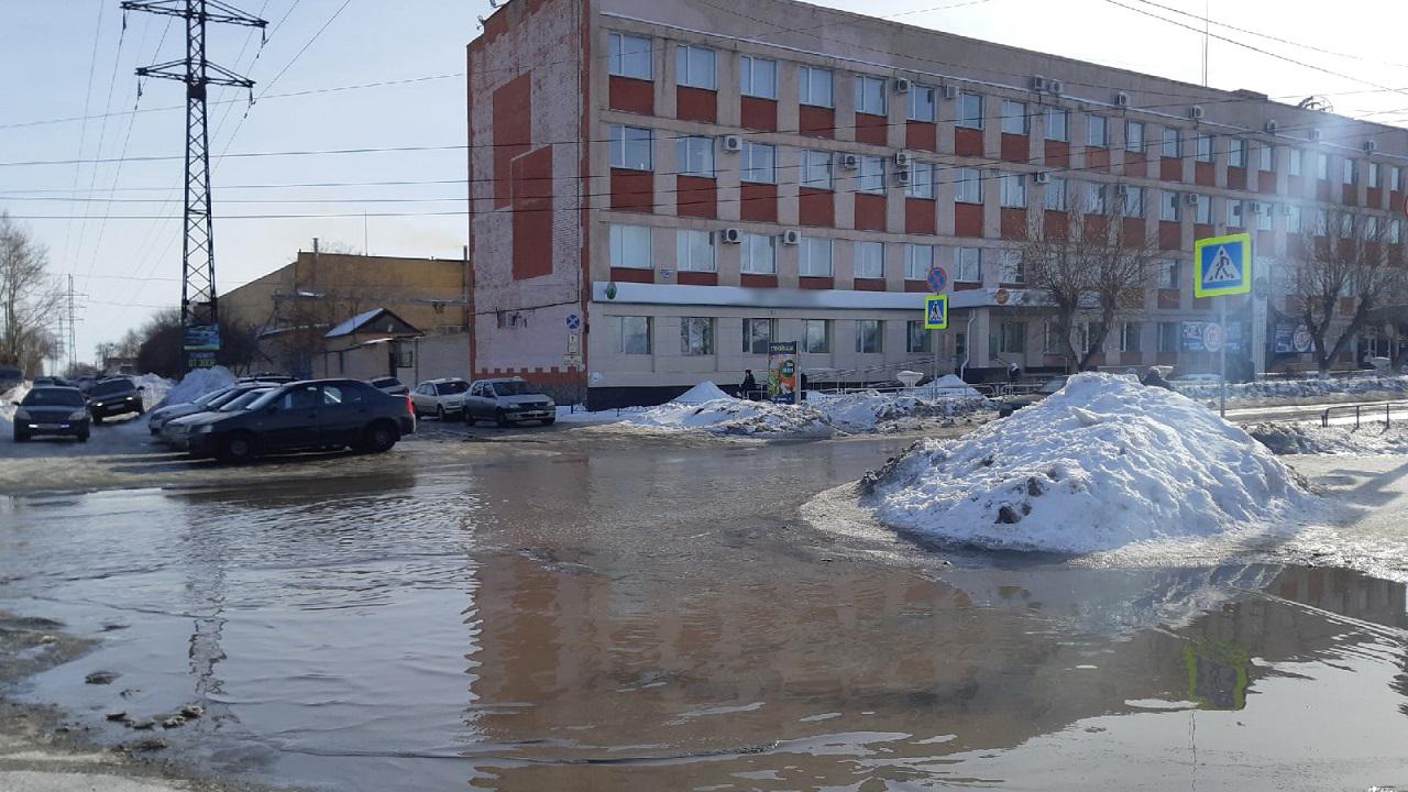 «Воды по колено»: в Челябинской области начались подтопления ВИДЕО