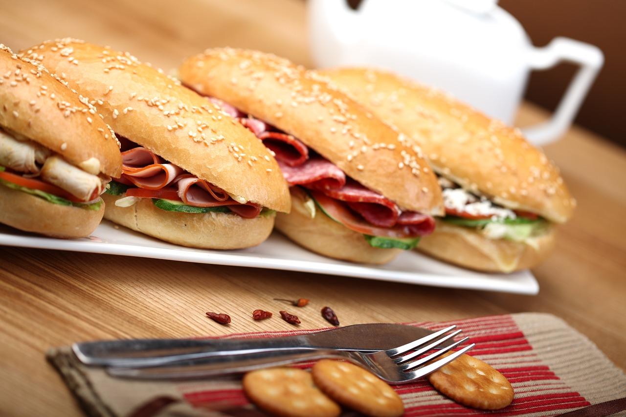 Утреннее шоу «Бутерброды» поможет челябинцам настроиться на новый день