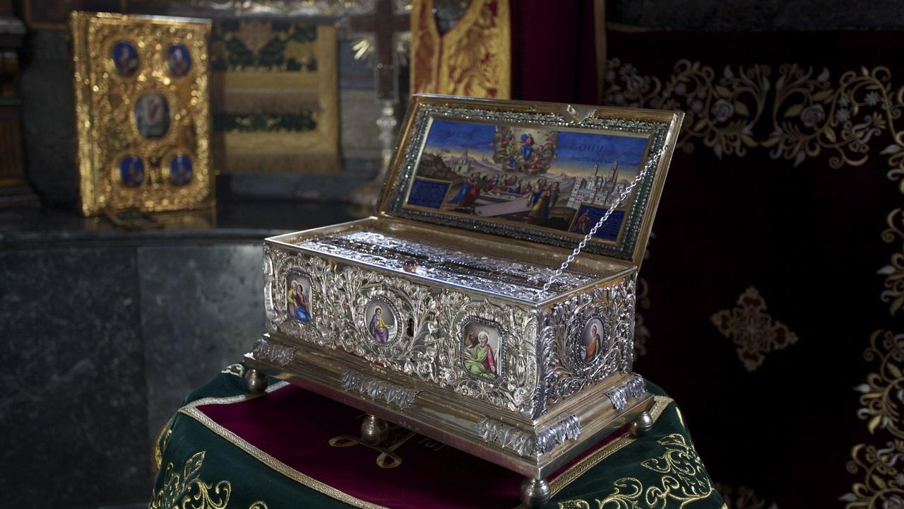 Помогает от бесплодия: чудотворный пояс Богородицы привезут в Челябинскую область
