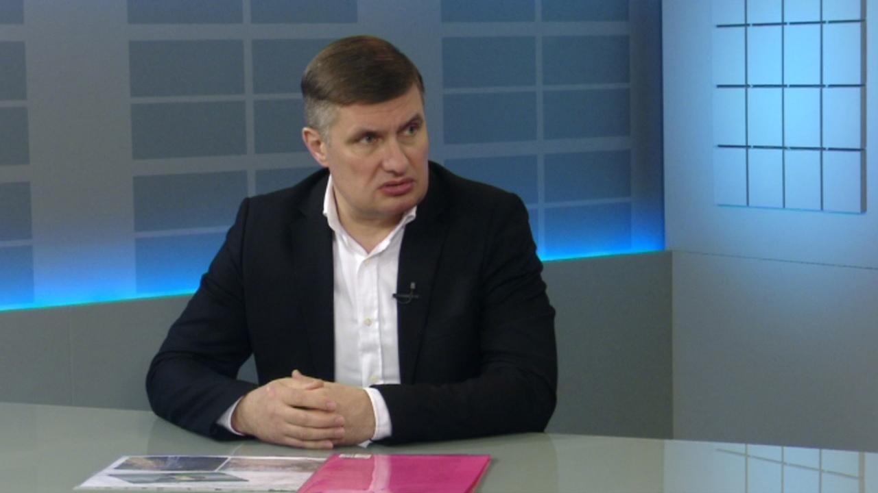 Максим Куляшов: какие дороги отремонтируют и построят в Челябинске в 2021 году