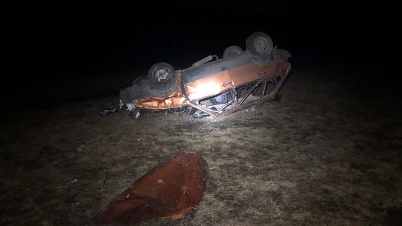 Пострадали люди: в Челябинской области перевернулся автомобиль