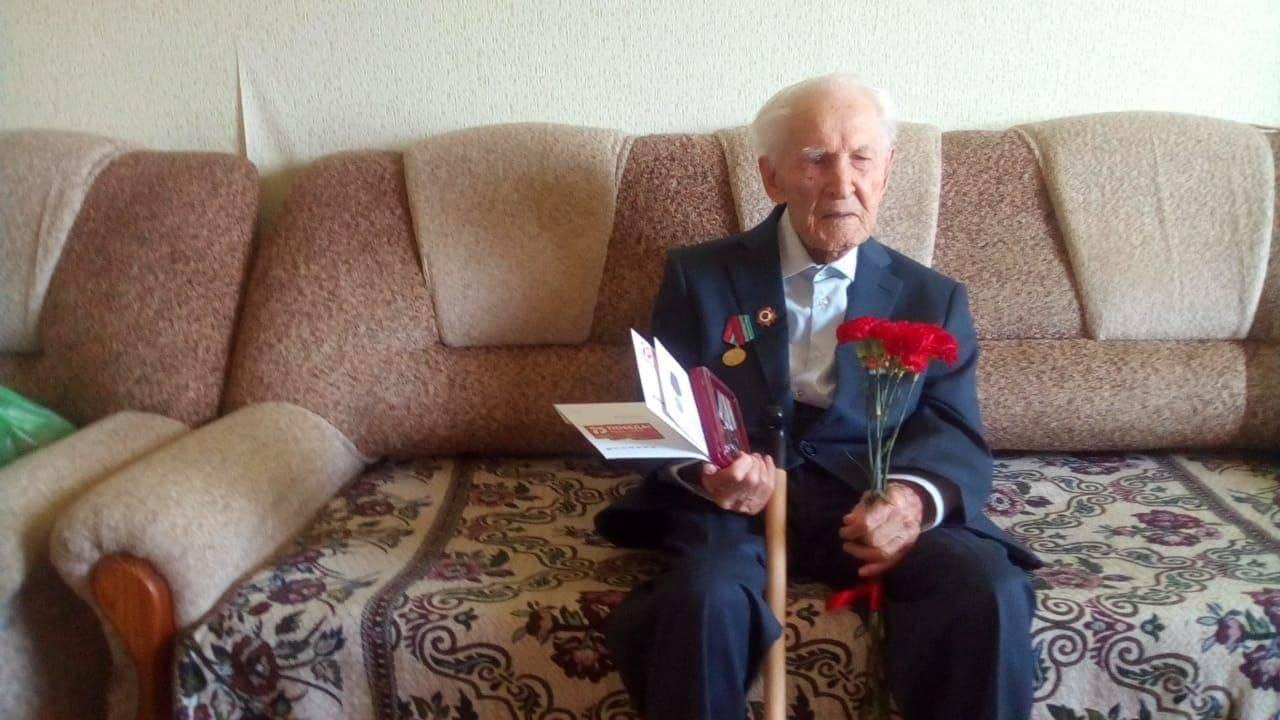 Победил коронавирус: 104-летний житель Челябинской области вылечился от COVID-19