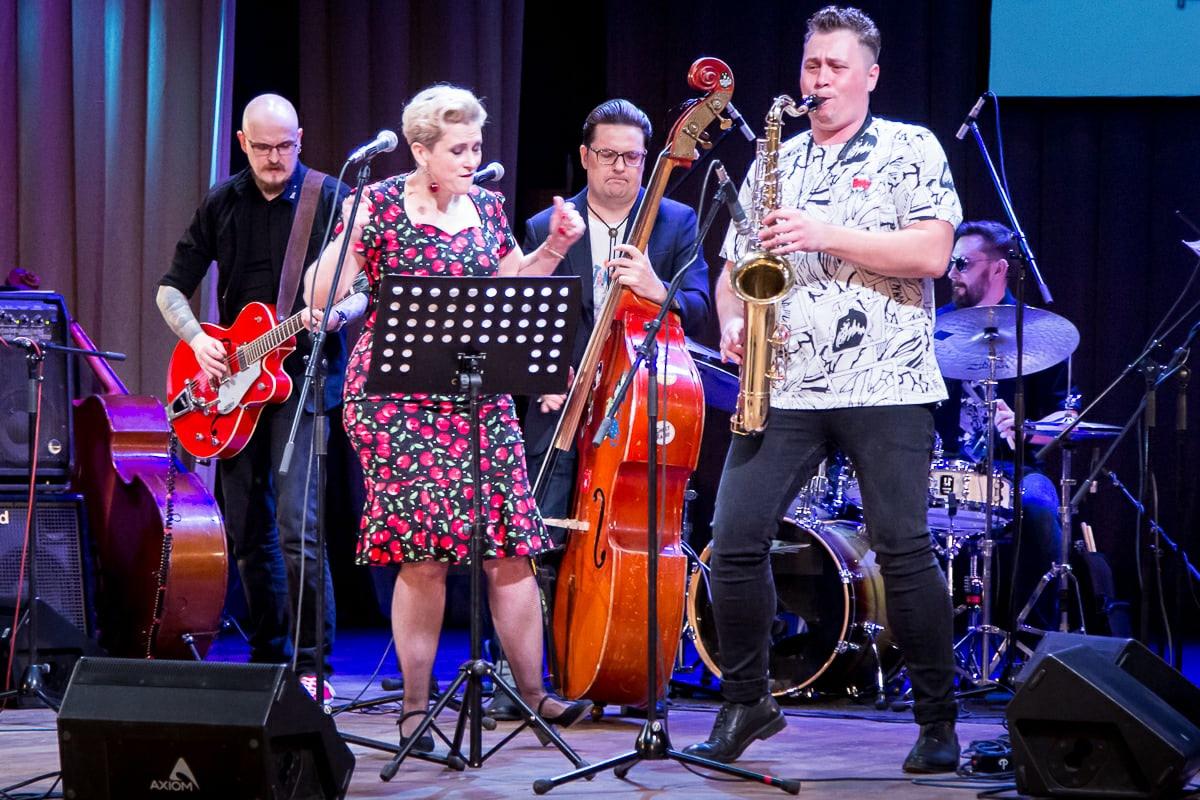 Музыка, танцы, рок-н-ролл: чем удивил фестиваль «Весенний beat» в Челябинске