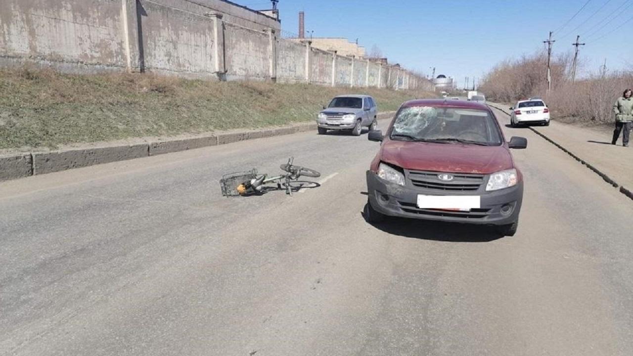 Автомобиль перевернулся: легковушка попала в страшное ДТП в Челябинске