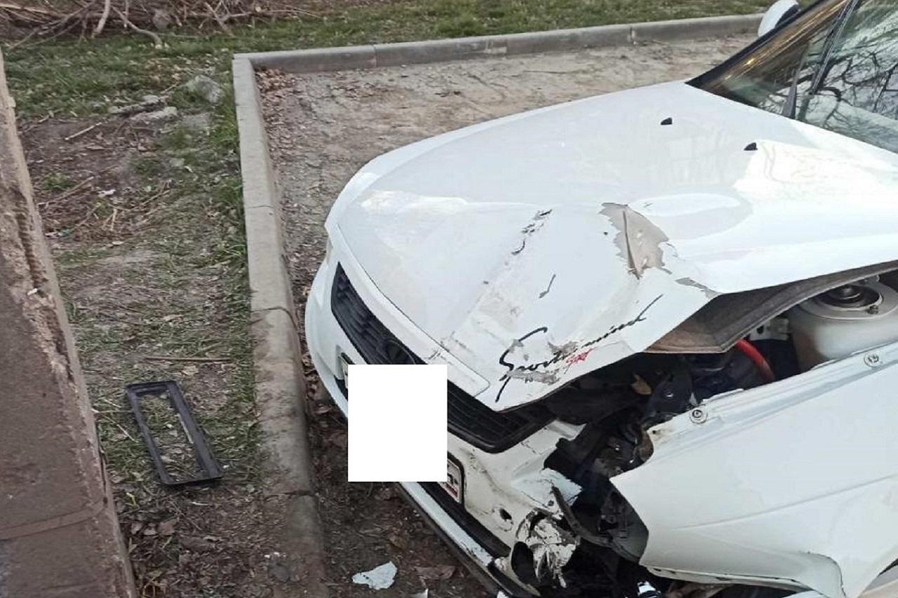 Водитель скрылся: 6-летний ребенок попал под колеса авто в Челябинске