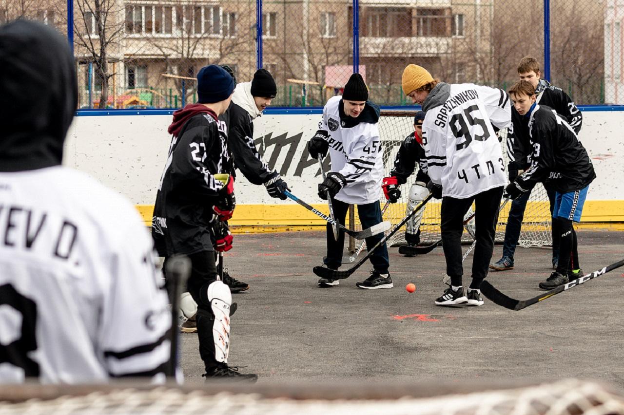 Хоккеисты «Трактора» провели матч с детской командой «Трактор-РМК»