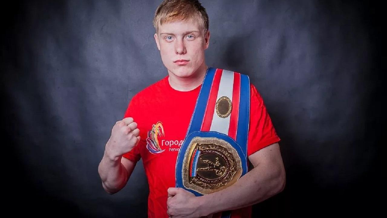 Титулованный боксер провел мастер-класс для юниоров в Челябинске