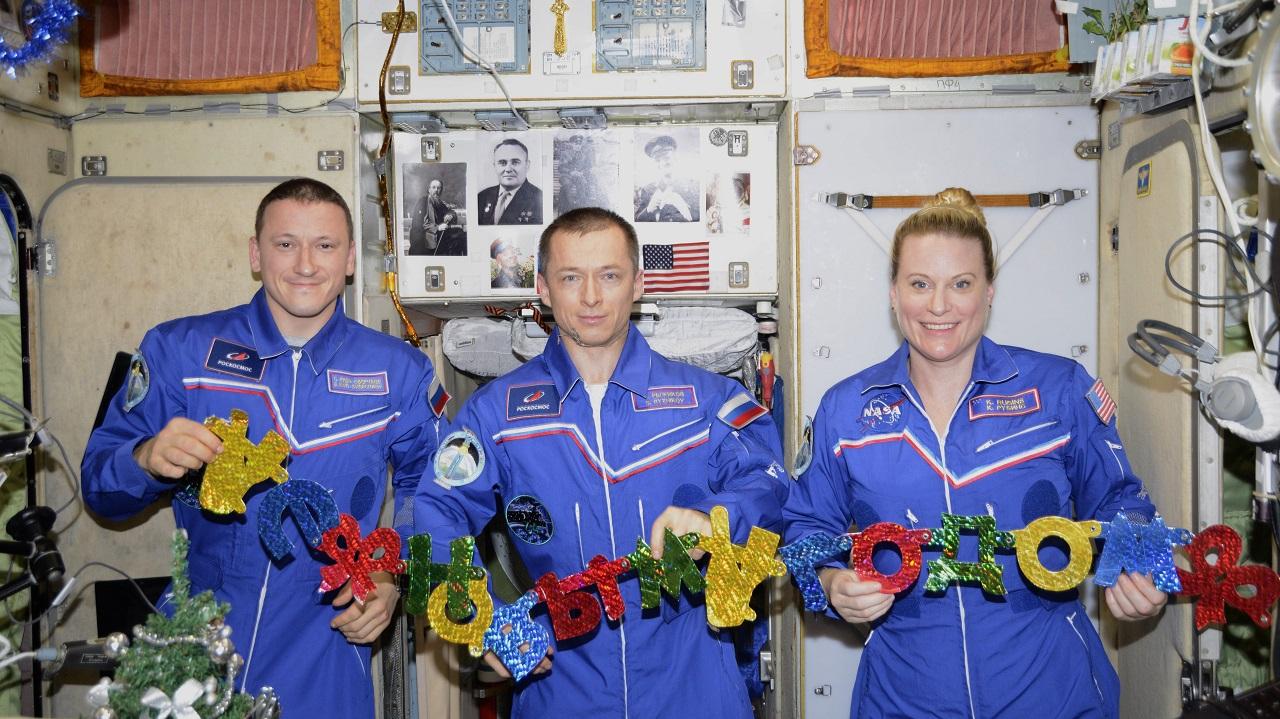 Полгода на орбите: южноуральцы встретят российских космонавтов с МКС
