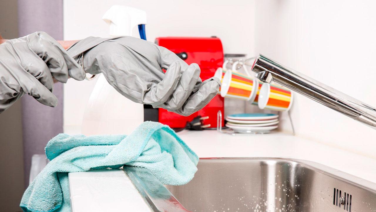 Хуже туалета: 10 самых грязных вещей в доме, которые удивят
