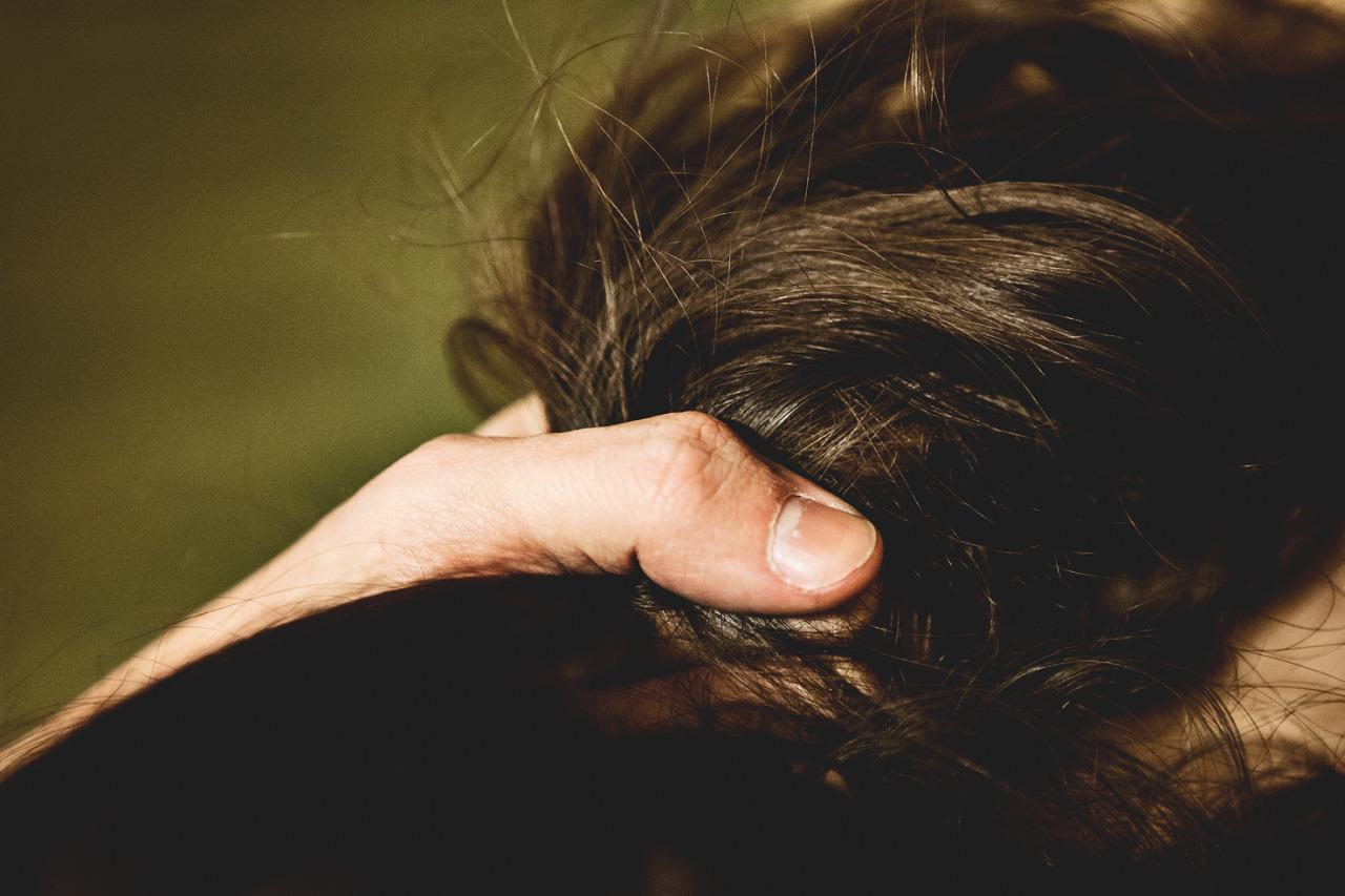 Синдром Рапунцель: врачи Челябинска достали из желудка ребенка килограмм волос ВИДЕО