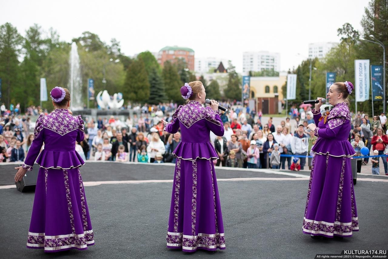 Песни Победы: чем удивили праздничные концерты в Челябинске
