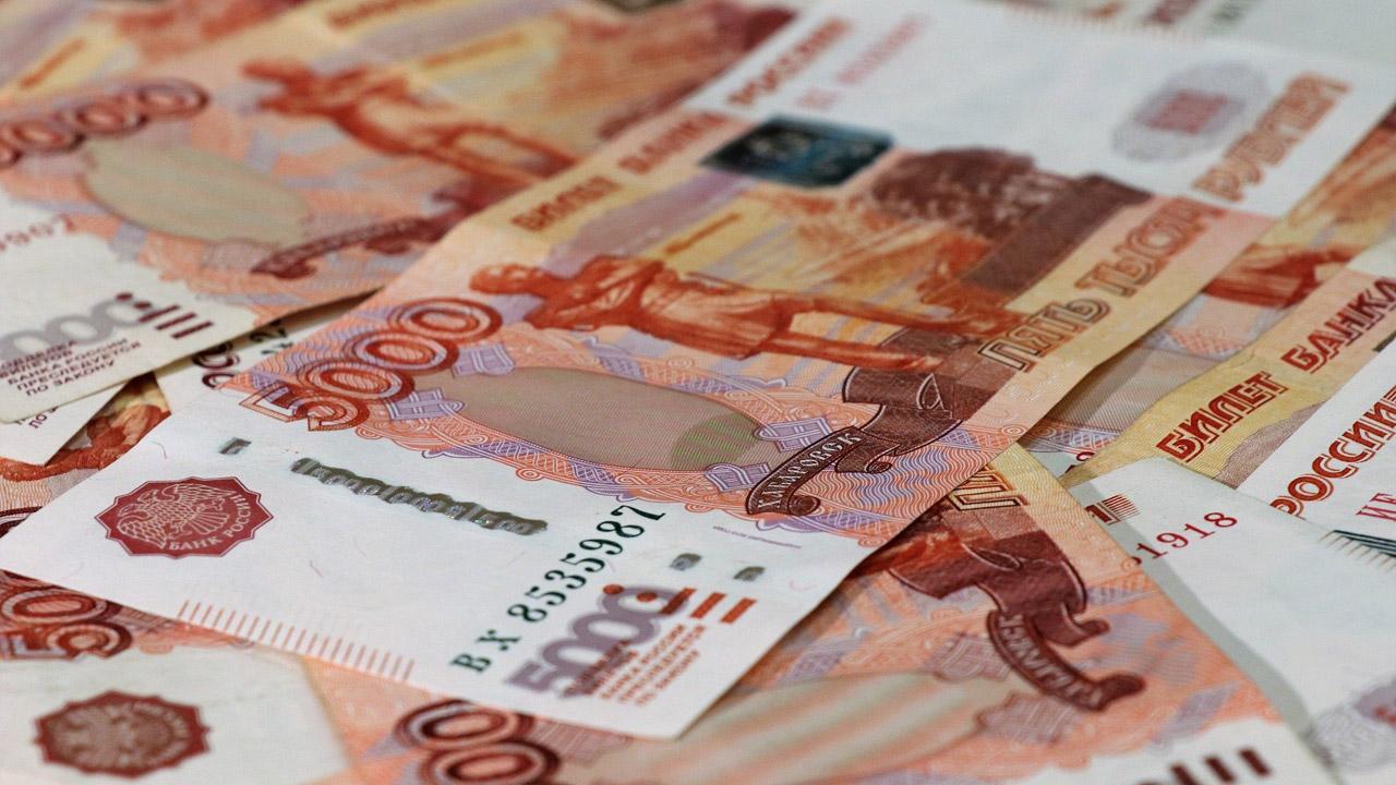 Вакансии Челябинск: кто зарабатывает от 90 тысяч рублей в месяц