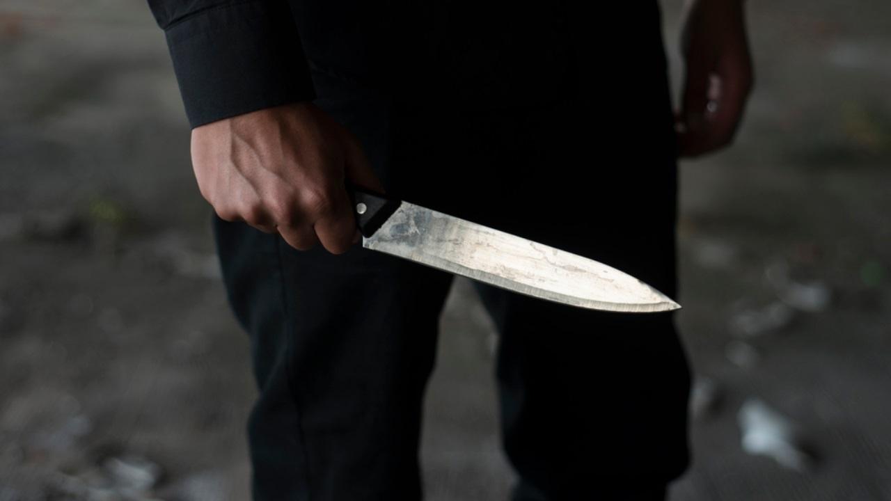 Звериная жестокость: трех человек убили ножом в сквере на Урале