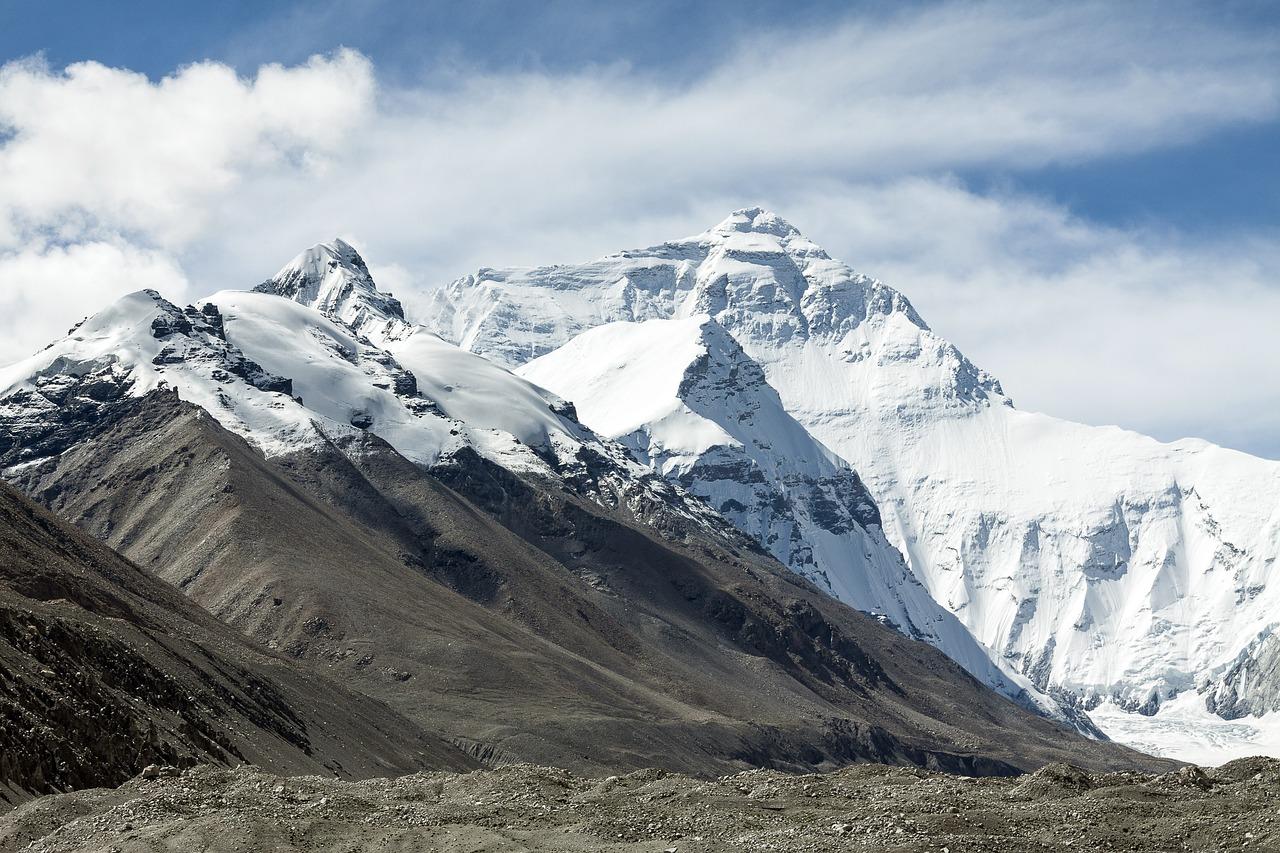 Ловушка на Эвересте: туристы из Челябинска застряли в Непале