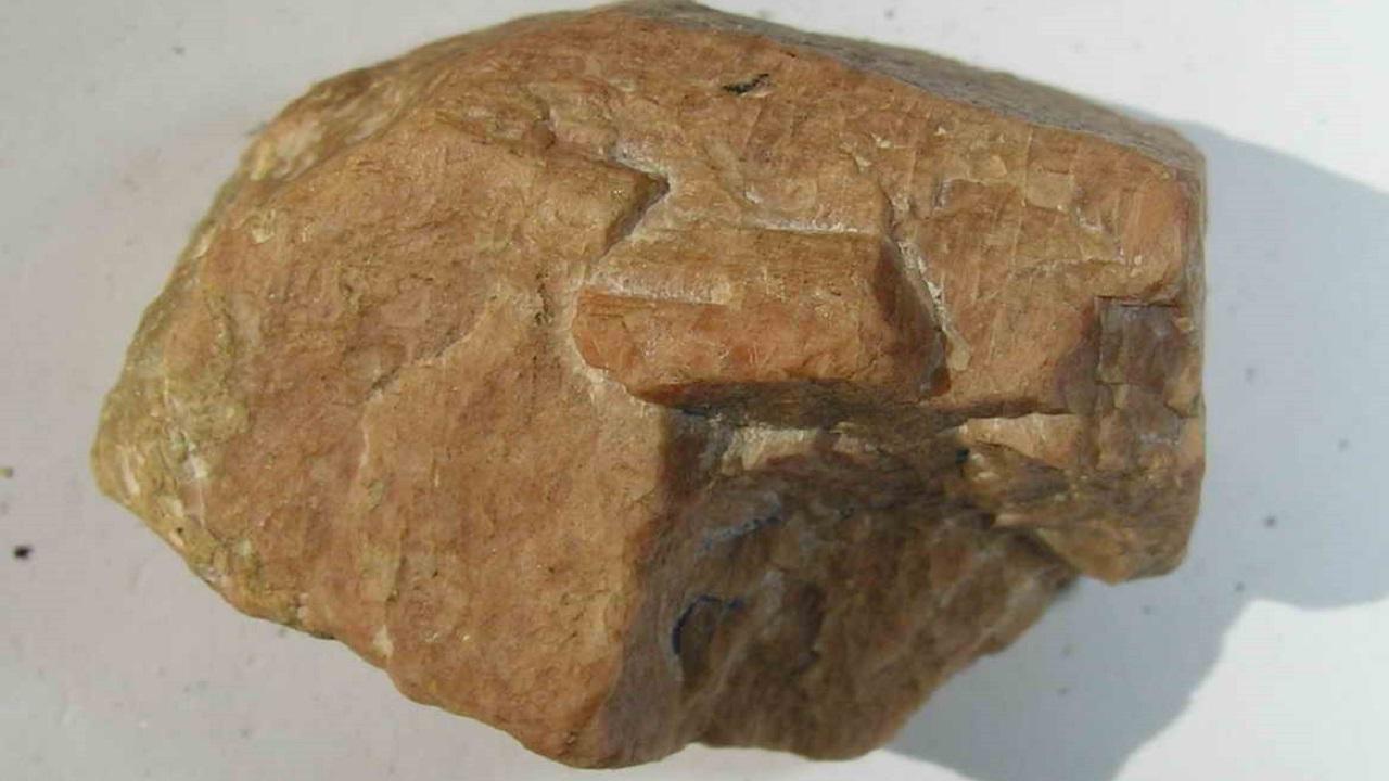 Похожи на драгоценности: необычные минералы нашли в Челябинской области