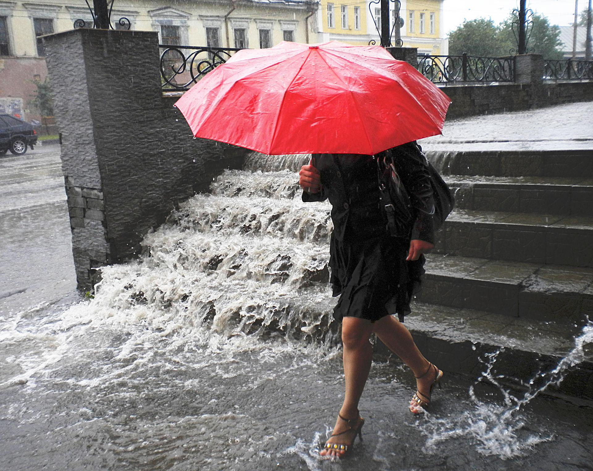 Непогода пришла в Челябинскую область: о чем предупреждает МЧС