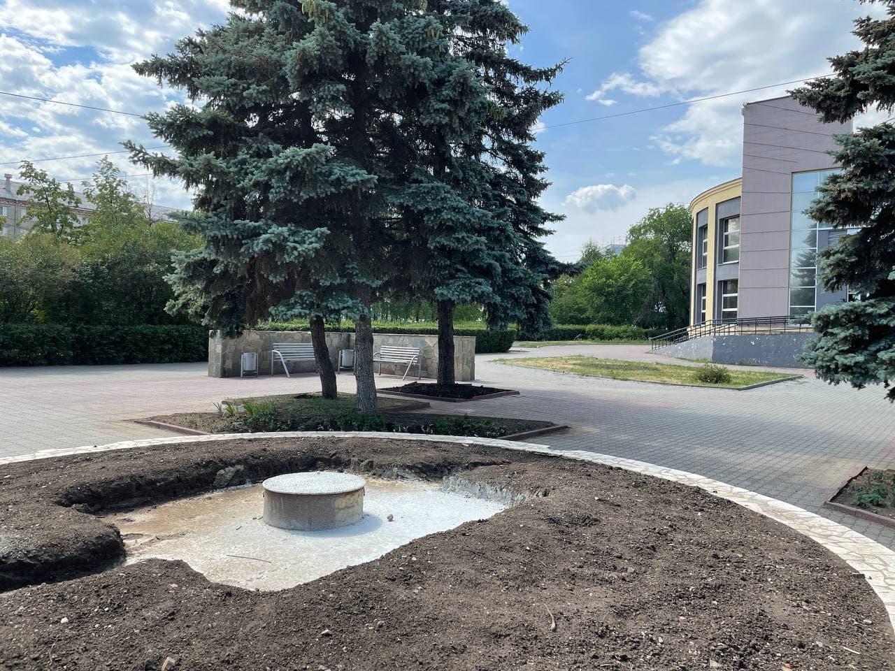Отольют в бронзе: как будет выглядеть памятник медикам в Челябинске